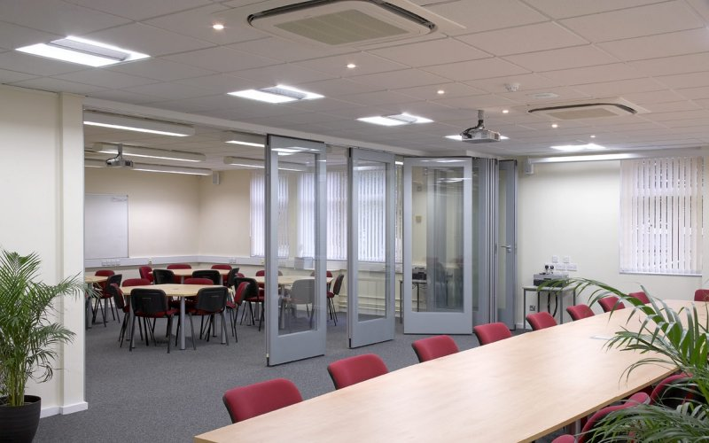 GS100 Double Glazed Movable Wall