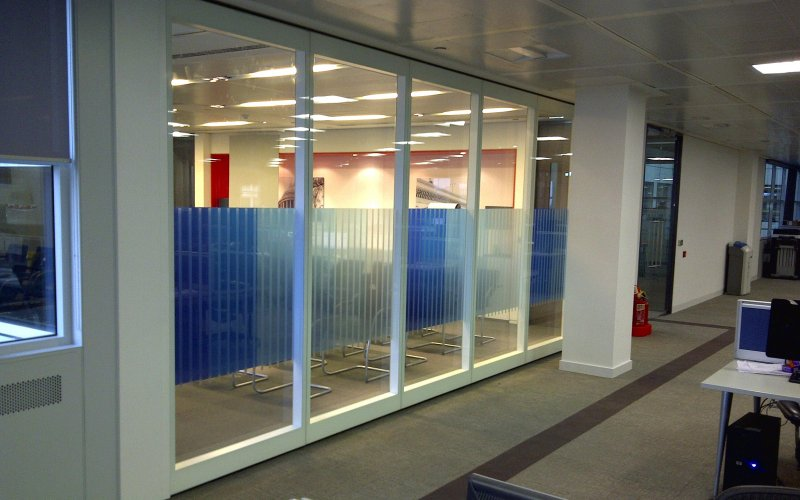 GS100 Double Glazed Movable Wall With Factory Applied Manifestations
