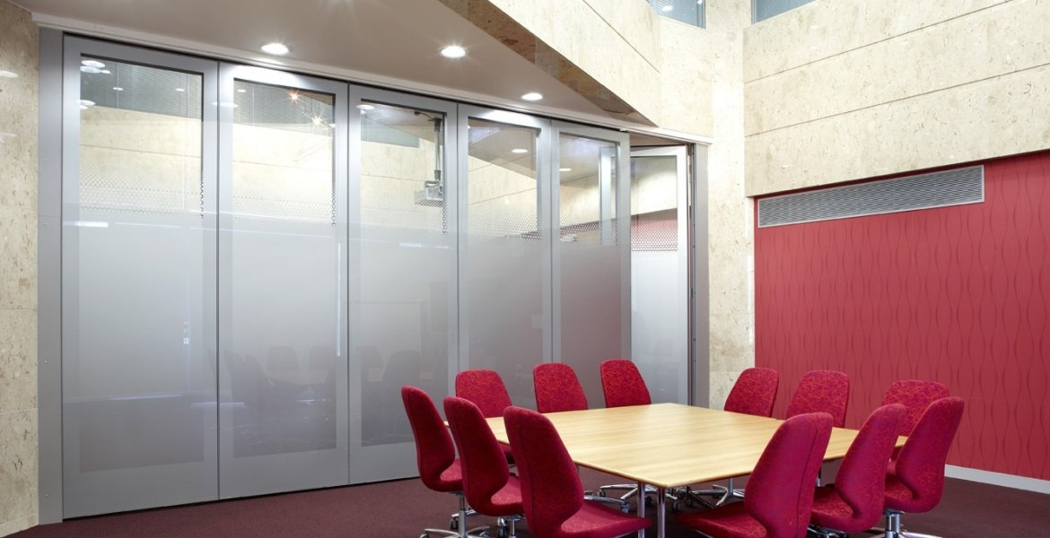 GS100-Glazed-Movable-Wall-10